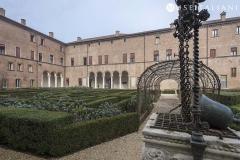 2 ER1-03b GF-50-Palazzo-Costabili-Cortile